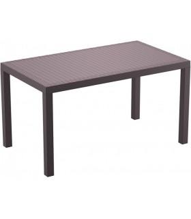 Mesas de comedor y terraza